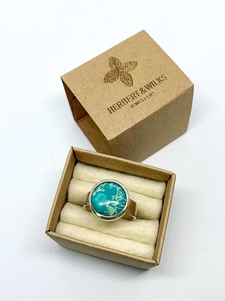 Chunky Turquoise Ring – Size M